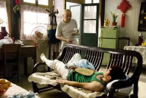 "<b>23岁,模仿王思聪,害死爸妈,惨死在家。""</b>"