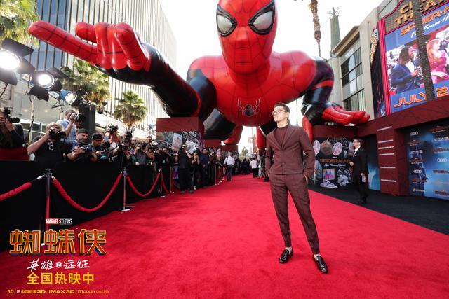 《蜘蛛侠:英豪远征》国内票房飙升 北美开画掀蜘蛛侠全球狂潮