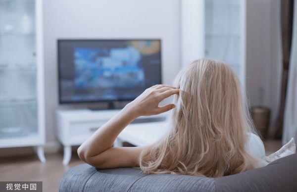 不爱文艺俄媒:俄罗斯人最主要的娱乐方式是看电视