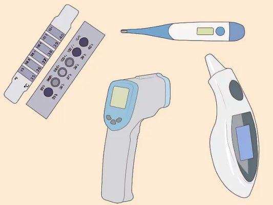 从经济性来讲:水银体温计最便宜,电子体温计次之,耳温体温计与额温枪图片