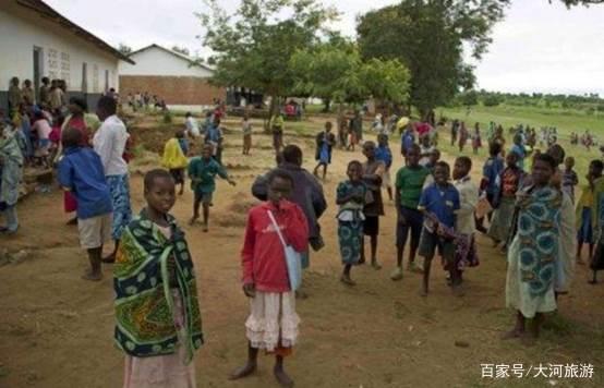 非洲最有权力的女酋长,掌管58个村庄,一切都属于她,男人随她挑