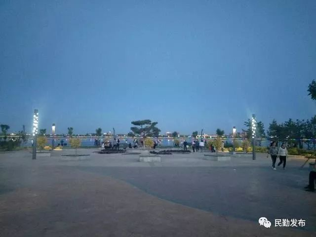 民勤东湖体育公园:夏日休闲消暑好去处