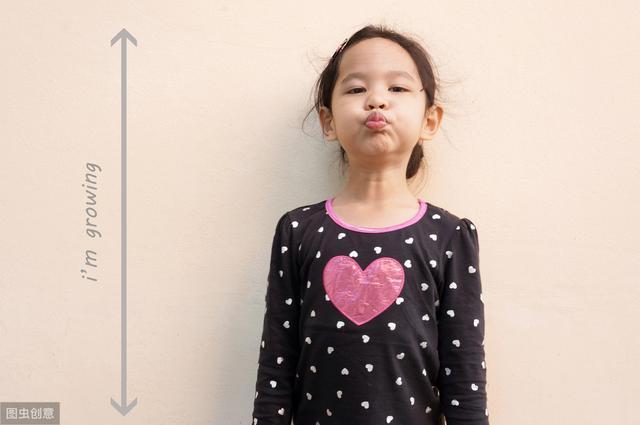 孩子进入身高猛涨期,身体有这4种表现,父母忽视娃少长10公分