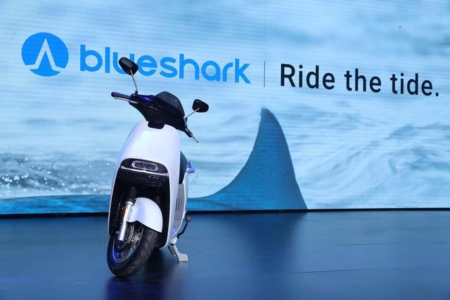 用造汽车的技术做智能电动摩托车 蓝鲨Robor发布,售价9988元