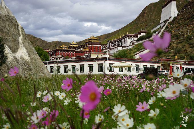 去西藏旅游,有一种方式叫做转经