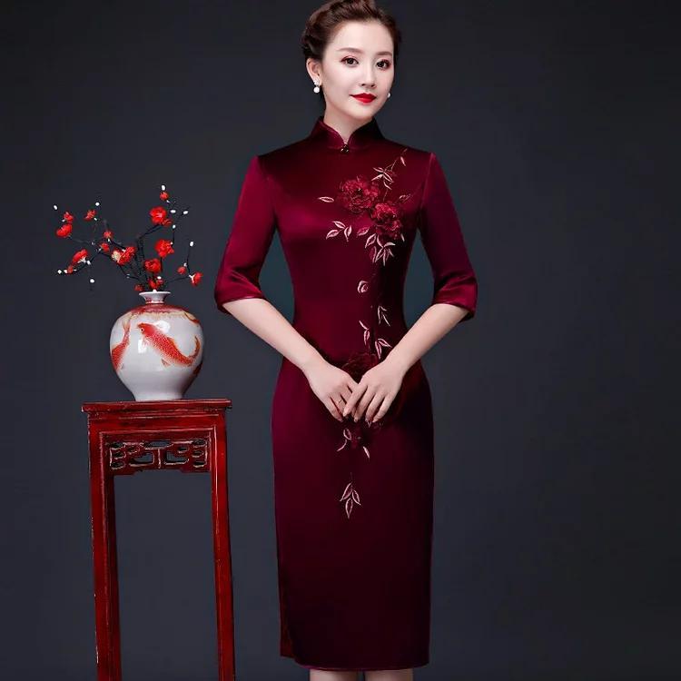 手工绣花婚庆旗袍中国艺人的绚烂之作!