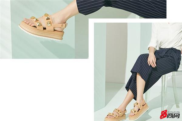 厚底松糕鞋被嘲太丑,可她们却穿出了超吸睛的时尚感!