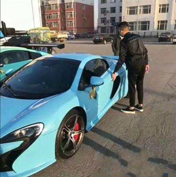 短视频的网红们都开什么豪车?兰博基尼只能算中等,真不拿钱当钱