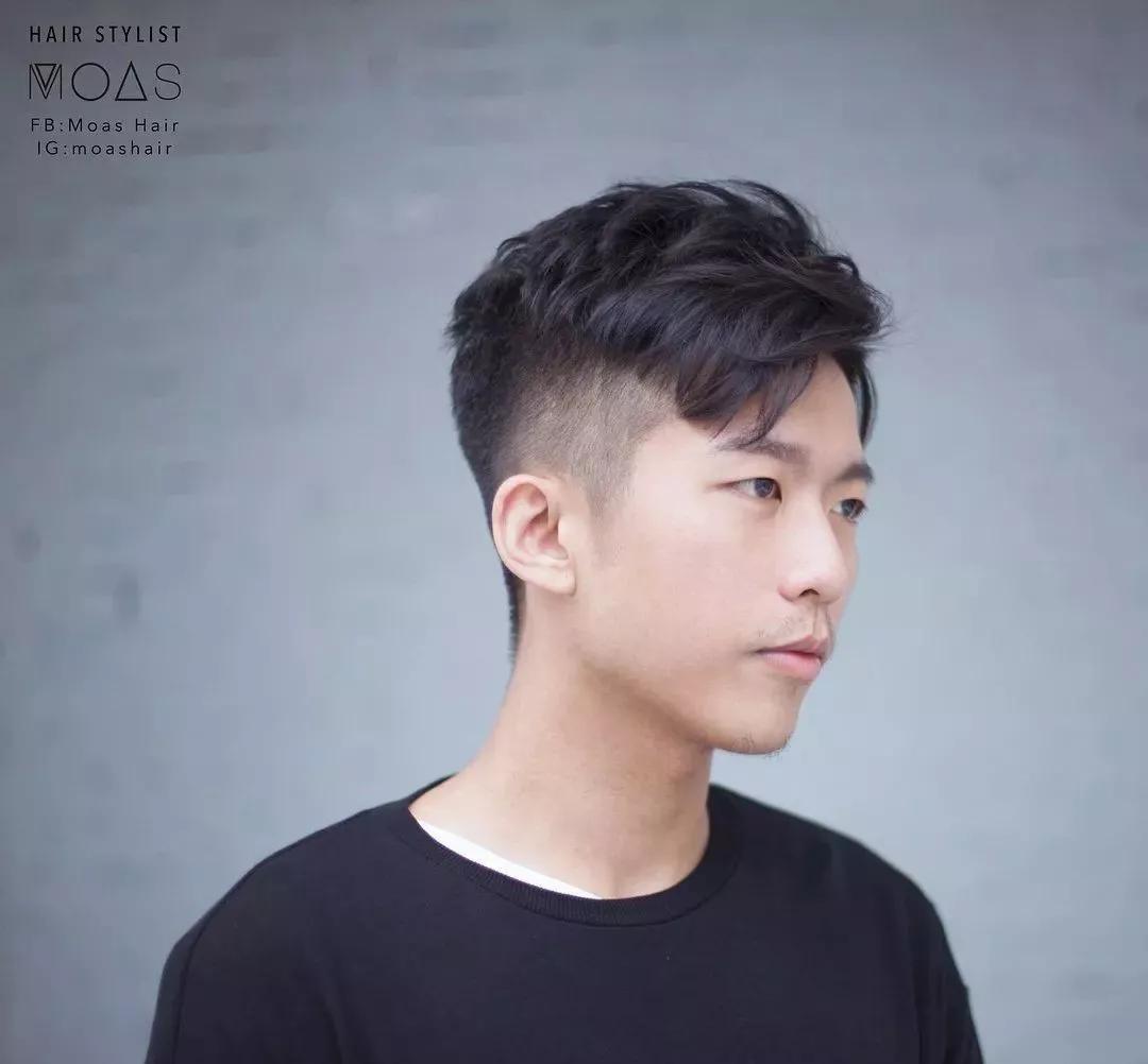 """男生没有""""锡纸烫""""也很帅,这几款发型今年夏季很流行!图片"""