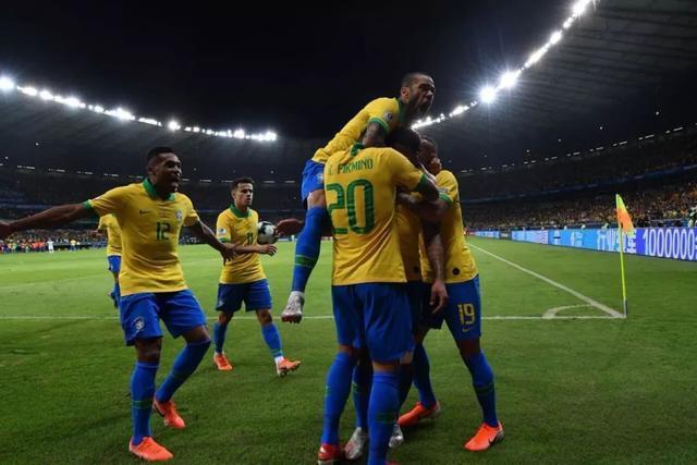 巴西前瞻:本土争冠PK44年奇迹 桑巴靠啥破铁桶