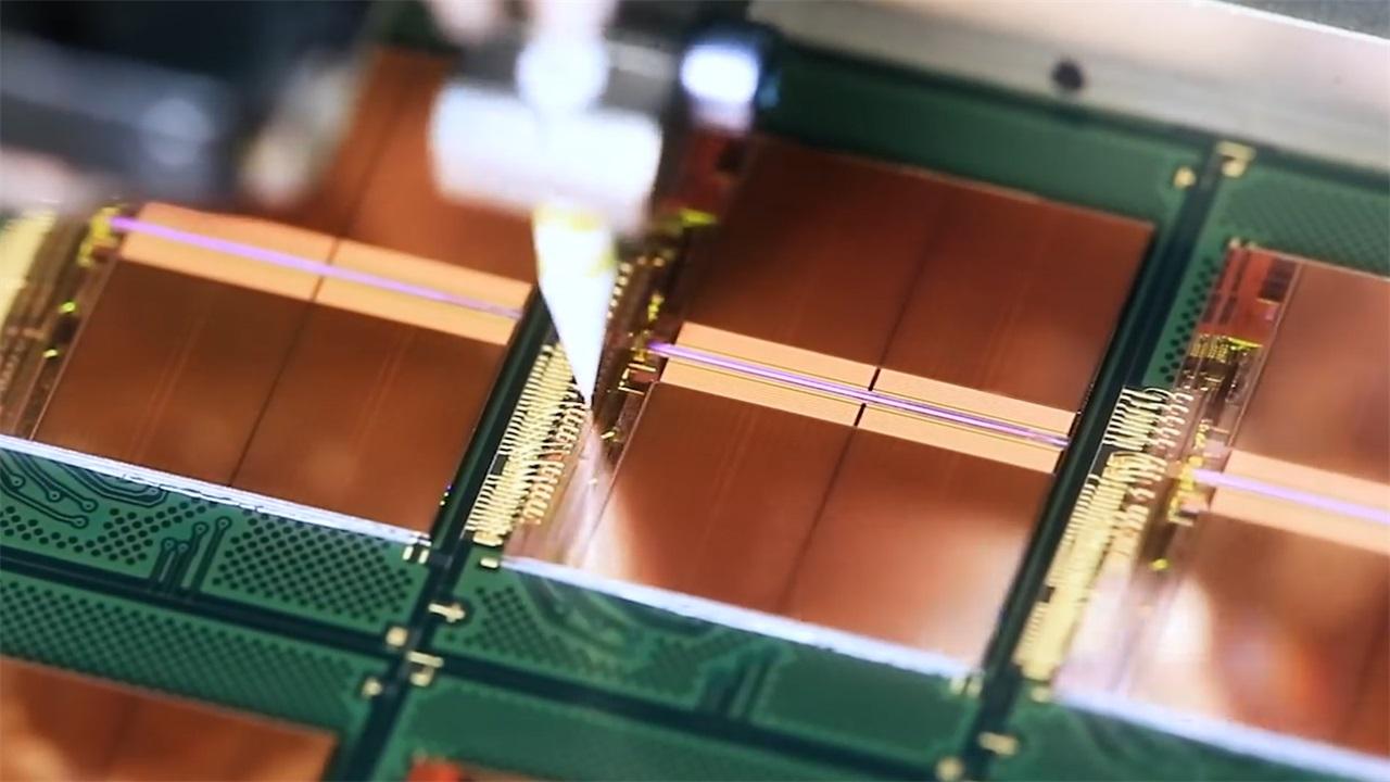 集成电路可以依照模拟或者数字分为数字集成电路,模拟集成电路,另外