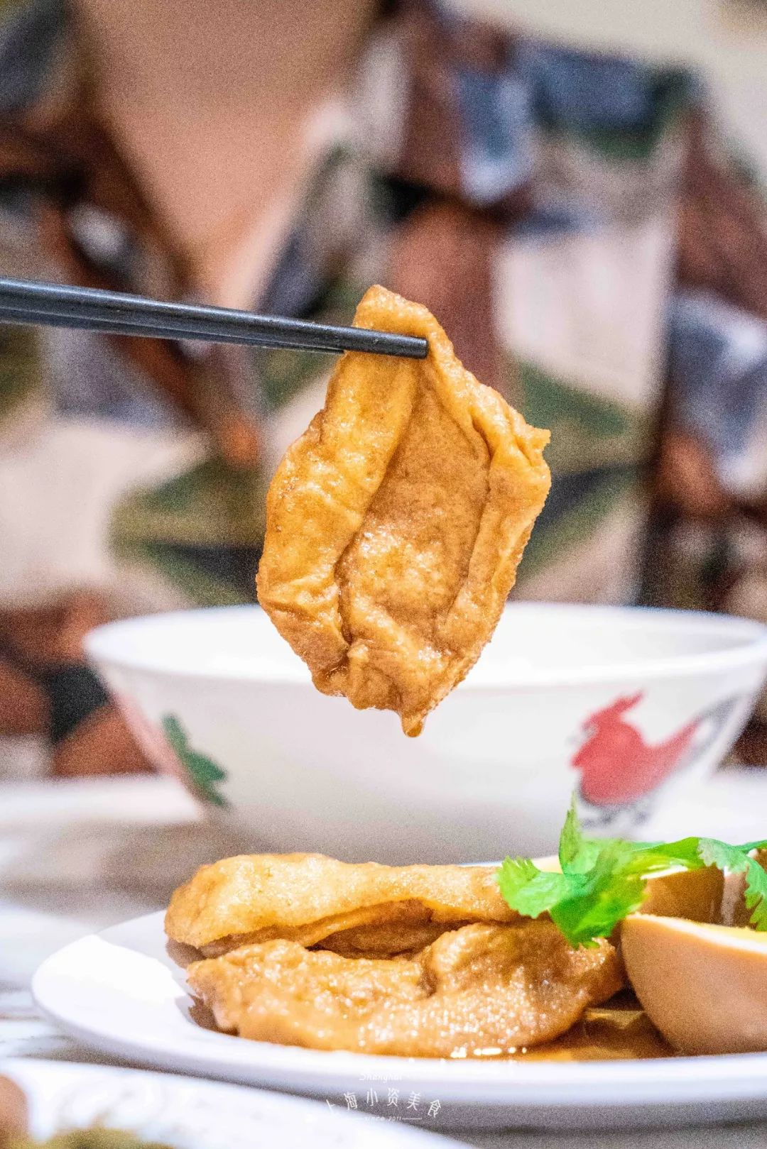 新加坡美食火了靠一碗碗热腾腾的肉骨茶打动了多数门客