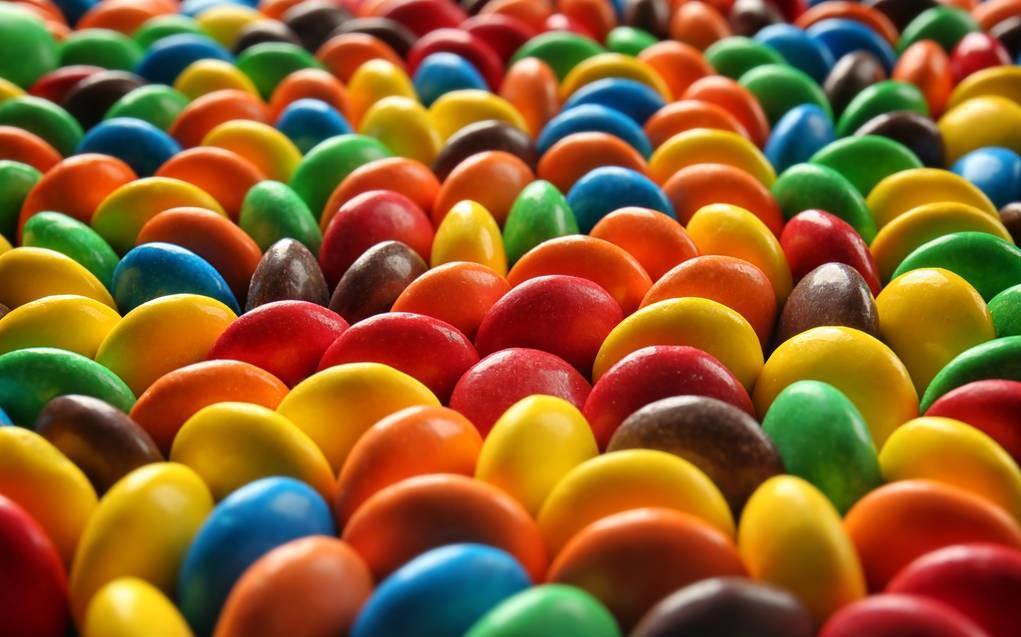 想减肥却控制不住食欲,要怎么办?试试给餐具换个颜色吧