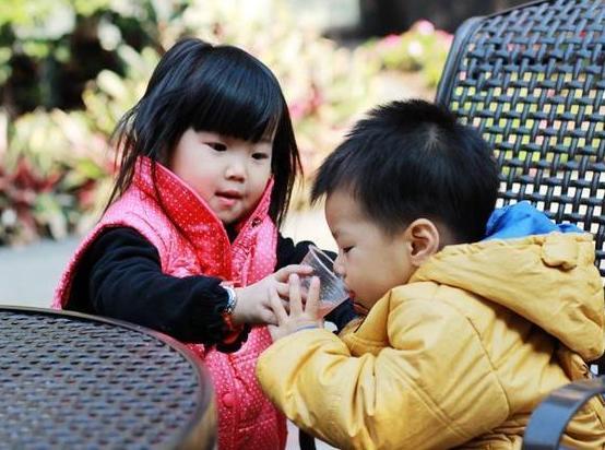6岁女娃2年没长个,只因常吃这种饭,儿科医生:很多宝妈还在喂