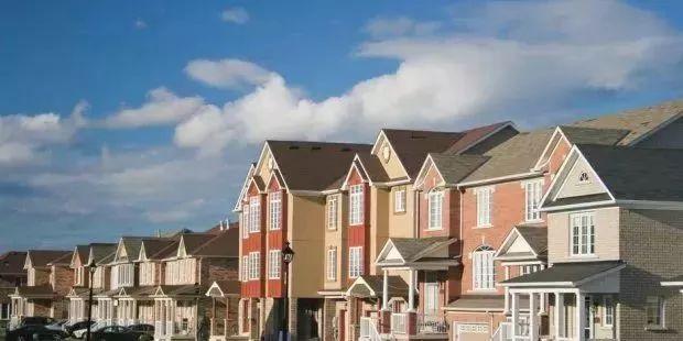 【加国头条】加拿大华人移民买多套房子出租,