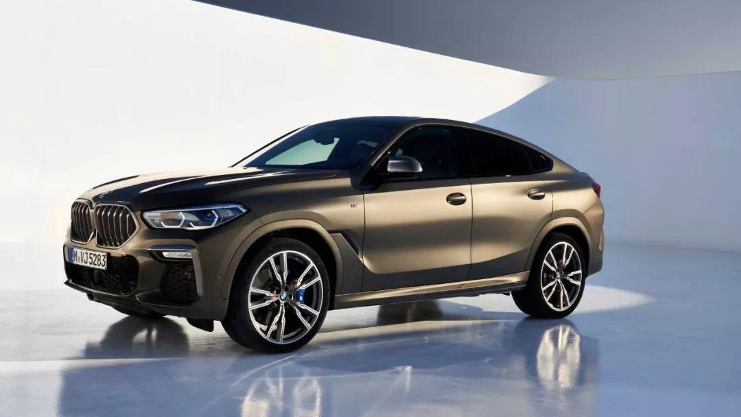 宝马 第三代X6上市,M50i搭载4.4T V8,523马力,4.1秒破百,折合RMB 60W