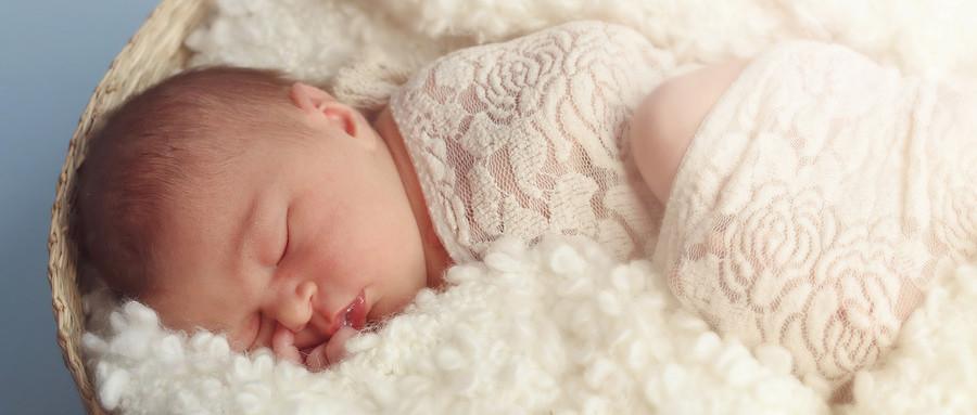 宝宝便秘、肠胀气的家庭按摩手法