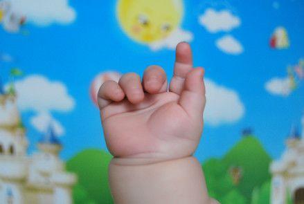 十个动作助您宝宝心灵手更巧