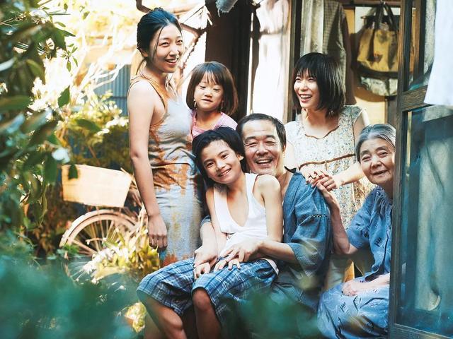 电影《小偷家族》:爱是真的自私也是真的