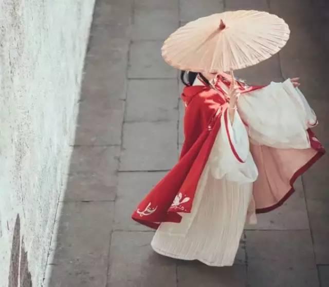 秋水:女人什么月份出生,就有什么样的脾气和命运