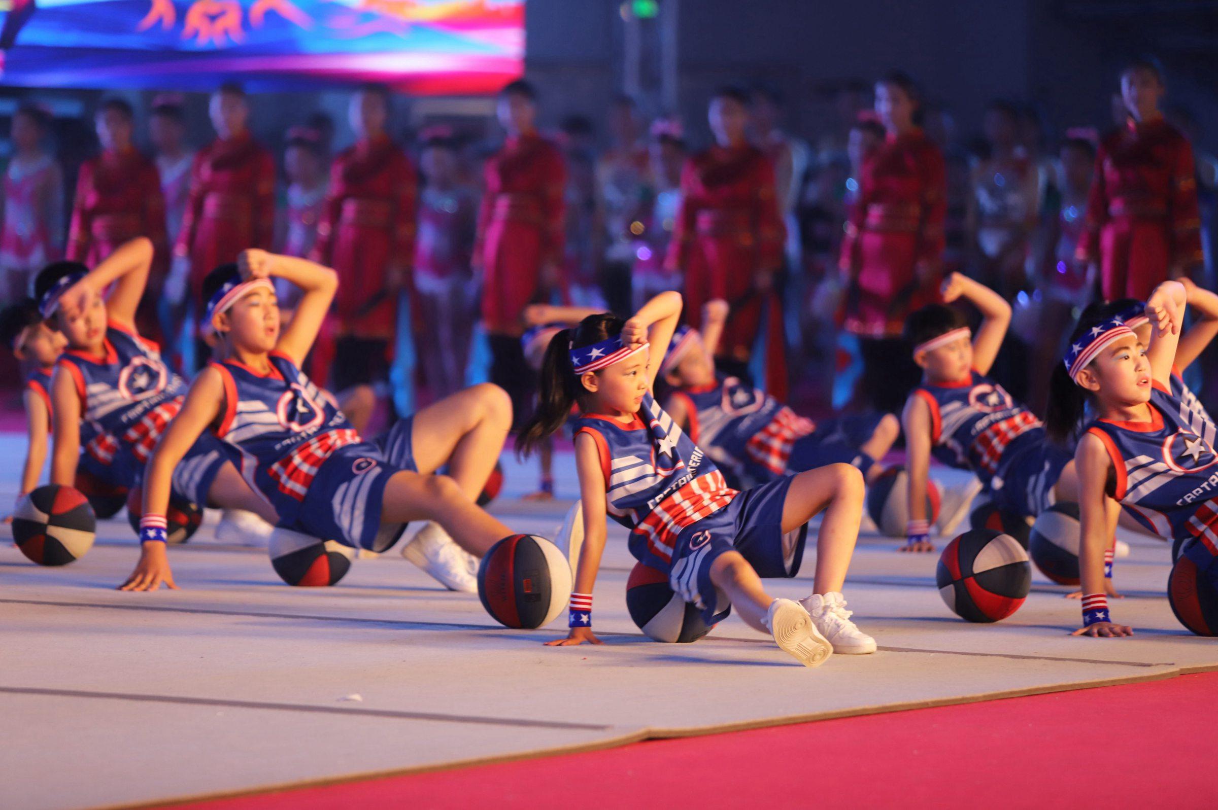 打好 体育惠民 攻坚战 增强人民群众幸福感图片