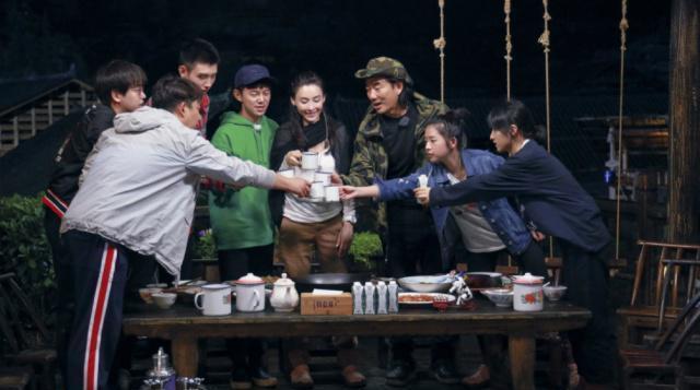 在《向往的生活》中认识,就与张子枫合作新电影,网友:这次追定了