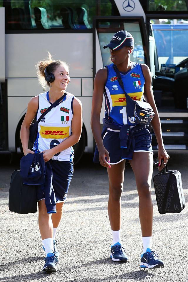 内讧连连!意大利19岁新星自曝球队不团结,被中国女排二队打崩溃