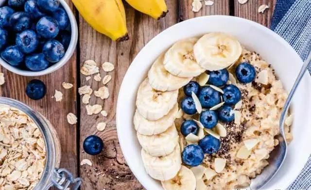 燕麦的营养价值如何 多吃牛奶燕麦片对身体会产生怎样的价值?