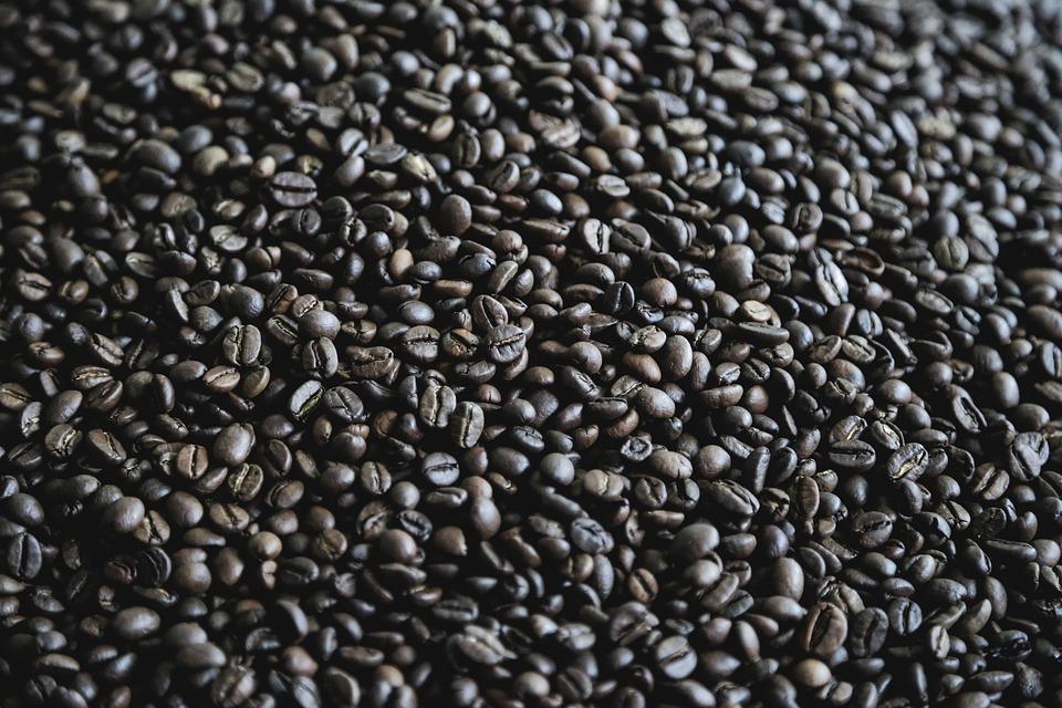 艾永亮:亏损超8亿的瑞幸咖啡,它的前景如何?