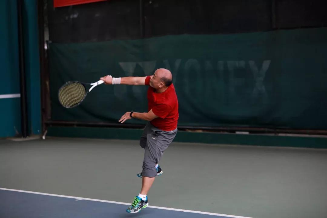 余生让苏式网球作陪