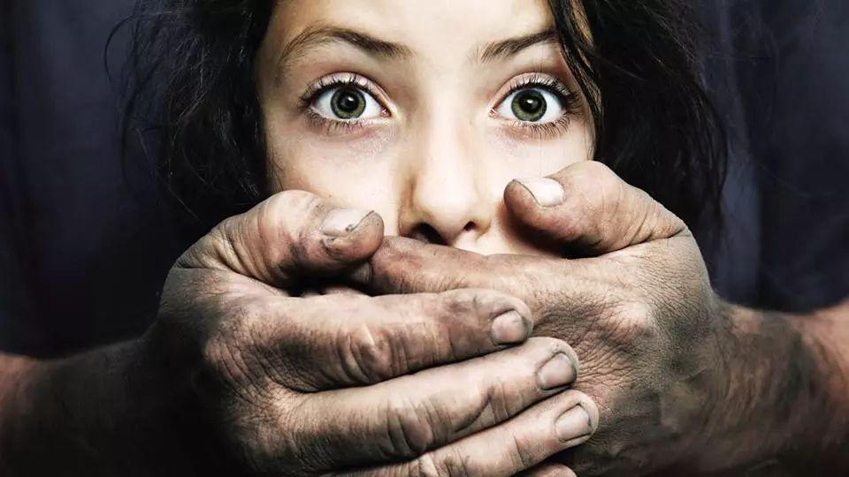 对性侵儿童的恶人,这些国家都怎么治?