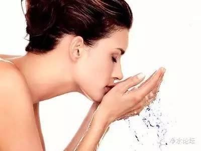 【答疑解惑】净水器的水有气味什么原因导致?