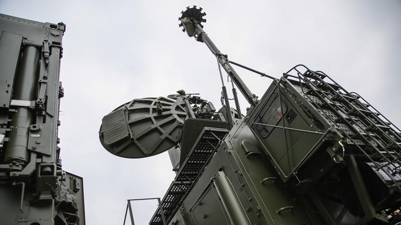俄罗斯这次动真格!在叙利亚竖起电线杆,以色列反应强烈发出抗议