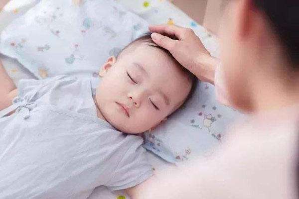 宝宝哭闹不止怎么办?读懂宝宝的