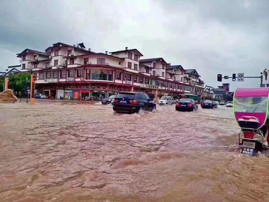 桥梁倒塌 河堤受损,闽北洪水终于退了 但这雨