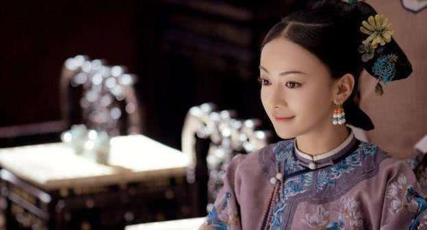 原创 清朝后宫的嫔妃,为何手上会带指甲套?主要是方便万岁爷