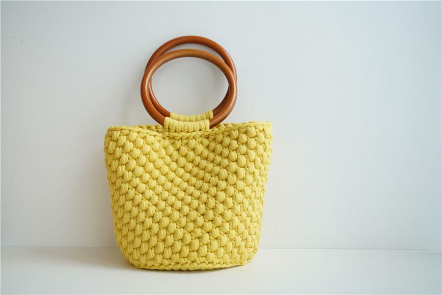 菠萝水桶包的编织方法