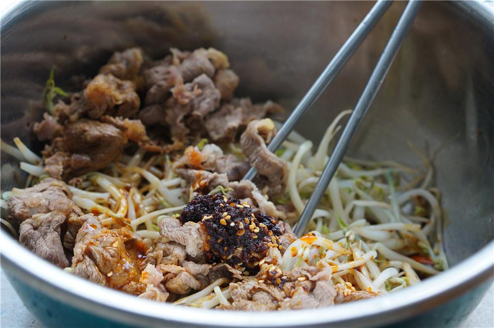夏日开胃硬菜,这样凉拌牛肉低脂低盐,又健康又有味