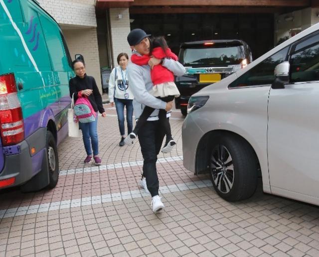 刘恺威离婚后协作陈都灵,拍戏路透暴光,看不出他们相差19岁?