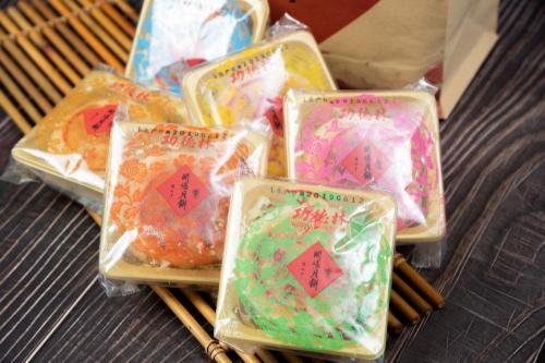 苏式月饼经典传承 功德林与您共赏中秋月圆