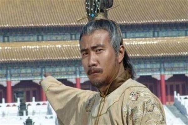 在朱元璋滥杀无辜的时候,马皇后会去劝解朱元璋,叫朱元璋不要冲动,马皇后凡是都以朱元璋为先,以朱元璋为天.