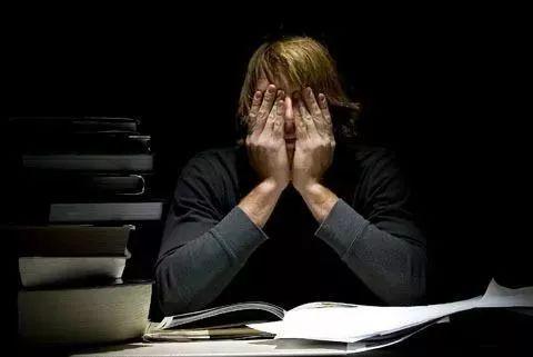 我在哈佛每天崩溃到哭,身边都是禽兽般的同学和教授....