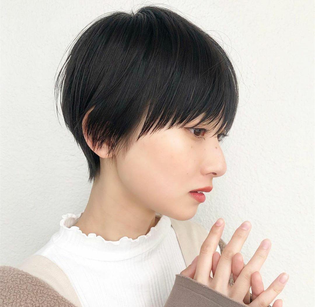 精灵的女生露耳齐刘海短发发型 蓬松甜美显瘦气质