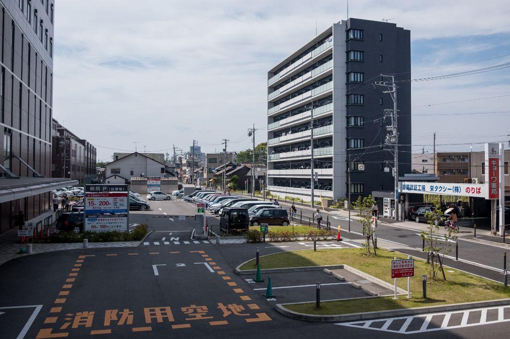 高楼扔垃圾_日本街头实拍:到处都很干净,露天马路也禁止吸烟,有人巡逻 ...