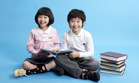 """哈佛研究证明:孩子一生仅有3次大脑发育""""黄金期"""",错过太可惜"""