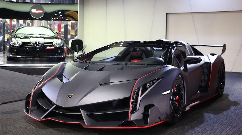 限产9辆 兰博基尼Veneno Roadster裸露碳纤维车身