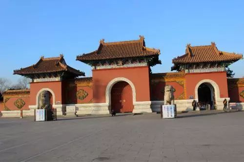 <b>清朝众多皇帝陵墓早已被盗的一干二净,为何雍正陵墓无人敢动?</b>