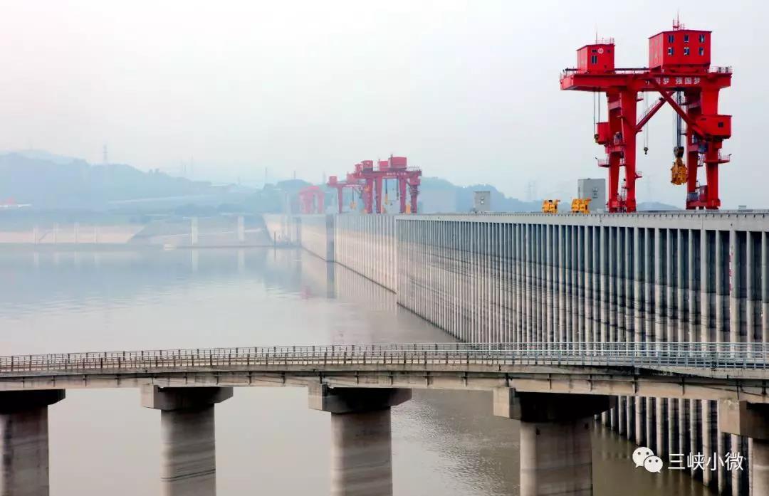 三峡大坝扭曲变形 三峡副总回应 固若金汤 岿然不动