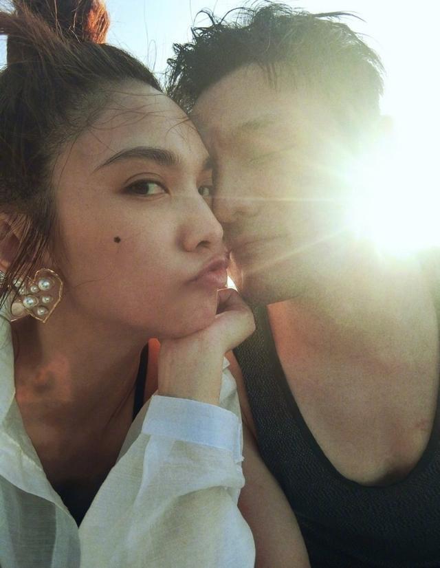 杨丞琳被求婚成功,初恋男友黄鸿升送祝福,Ella赞李荣浩浪漫