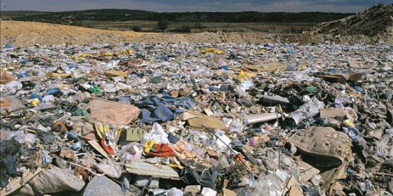 <b>农村生活垃圾处理下一步:将探索建立分类超市、分类积分制</b>